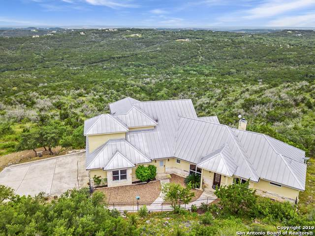 1102 County Road 2744, Mico, TX 78056 (MLS #1383125) :: BHGRE HomeCity