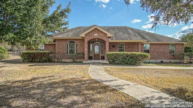 255 Texas Country Dr, New Braunfels, TX 78132 (#1383582) :: The Perry Henderson Group at Berkshire Hathaway Texas Realty