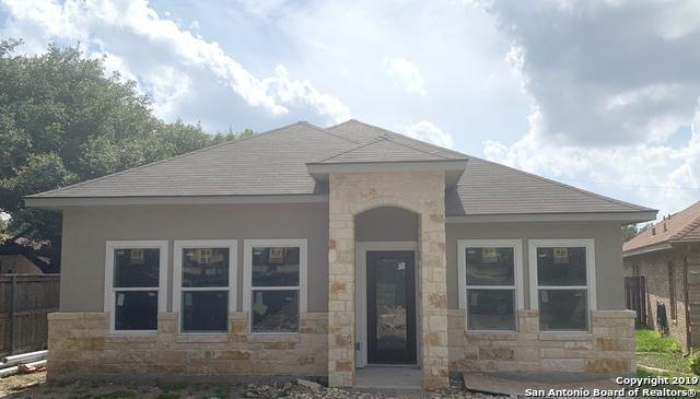 9118 Windgarden, Windcrest, TX 78239 (MLS #1383936) :: The Castillo Group