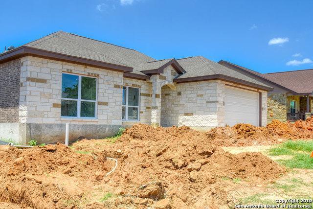 112 Ridgecrest, Floresville, TX 78114 (MLS #1384064) :: Erin Caraway Group