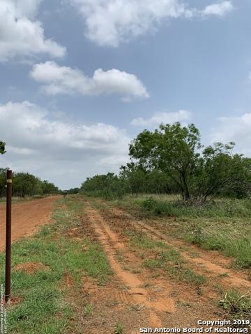 3482 Fm 1332, Jourdanton, TX 78026 (MLS #1384572) :: Glover Homes & Land Group