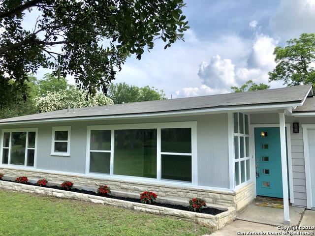 1044 Ivy Ln, Terrell Hills, TX 78209 (MLS #1384897) :: Tom White Group