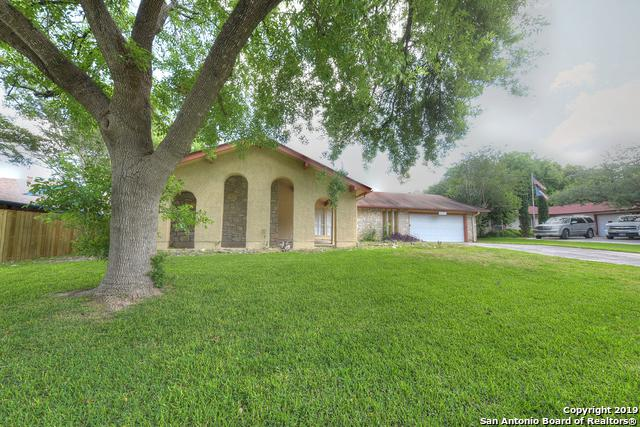 8250 Phoenix Ave, Universal City, TX 78148 (MLS #1385907) :: Alexis Weigand Real Estate Group