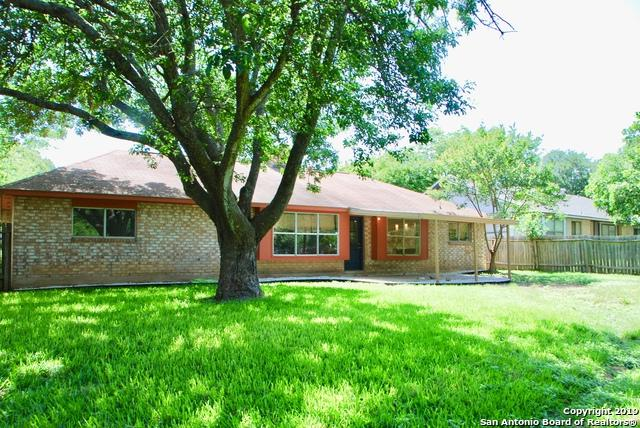 530 Tumblebrook, Universal City, TX 78148 (MLS #1386365) :: Erin Caraway Group