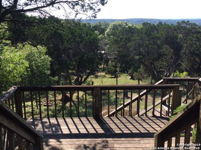 543 White Oak Dr, Canyon Lake, TX 78133 (MLS #1387512) :: BHGRE HomeCity