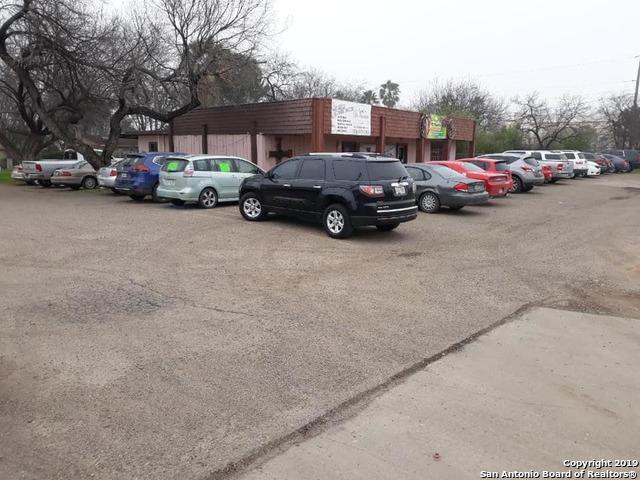 1720 Del Rio Blvd, Eagle Pass, TX 78852 (MLS #1390545) :: The Mullen Group | RE/MAX Access