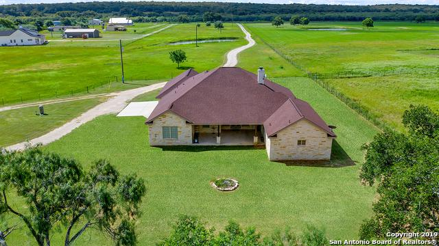 607 County Road 338, La Vernia, TX 78121 (MLS #1392444) :: Brandi Cook Real Estate Group, LLC