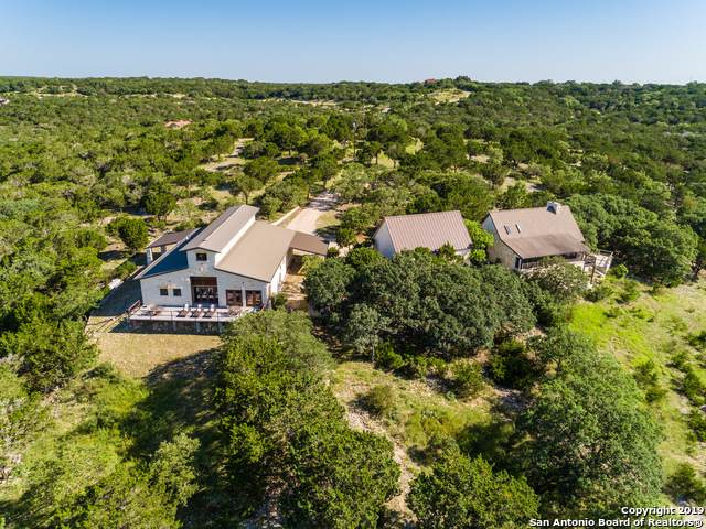 320 Overland Trail, Hunt, TX 78024 (MLS #1393248) :: Vivid Realty