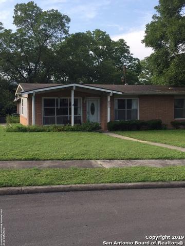 831 Crestview Dr, San Antonio, TX 78228 (MLS #1393249) :: Magnolia Realty