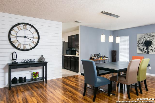 5202 Erickson Blf, San Antonio, TX 78247 (MLS #1394242) :: BHGRE HomeCity