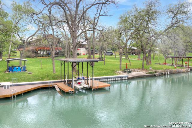 000 Riverview Rd, McQueeney, TX 78123 (MLS #1394691) :: River City Group