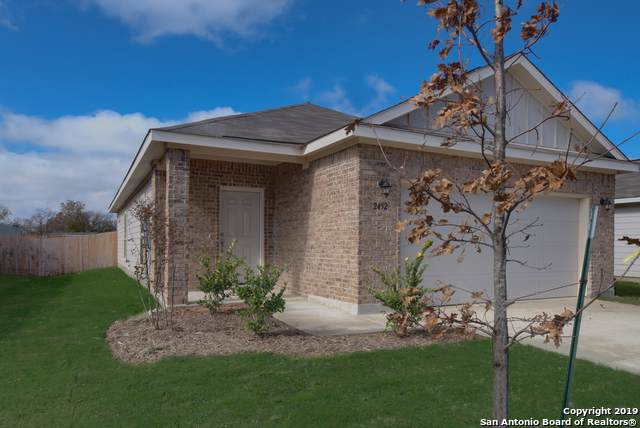 2452 Ranger Pass, Seguin, TX 78155 (#1394747) :: The Perry Henderson Group at Berkshire Hathaway Texas Realty