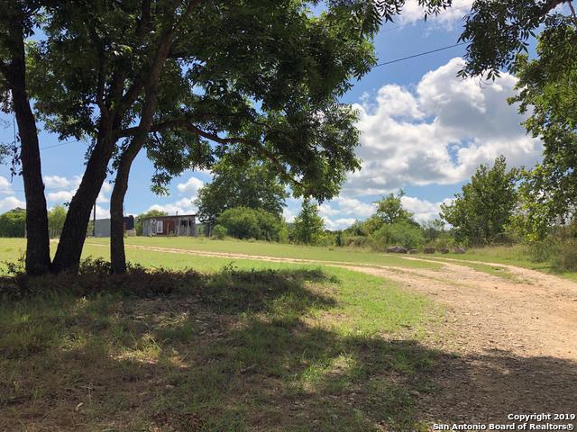 1084 Benton Creek Rd, Medina, TX 78055 (MLS #1396782) :: Glover Homes & Land Group
