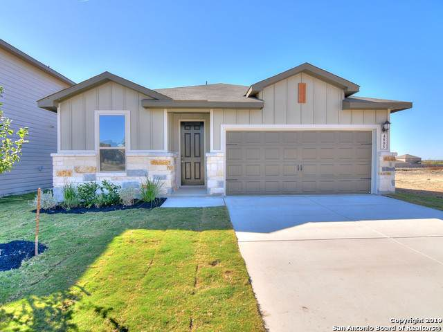 4805 Ranahan Pass, St Hedwig, TX 78152 (MLS #1397043) :: BHGRE HomeCity