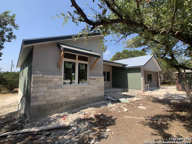 1296 Canyon Shores, Canyon Lake, TX 78133 (MLS #1400406) :: Glover Homes & Land Group