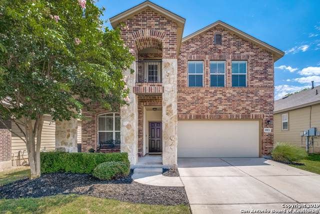 10822 Mustang Oak Dr, San Antonio, TX 78254 (MLS #1401150) :: The Gradiz Group
