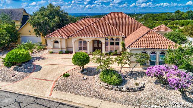 2066 Summit Crest Dr, Kerrville, TX 78028 (#1401279) :: The Perry Henderson Group at Berkshire Hathaway Texas Realty
