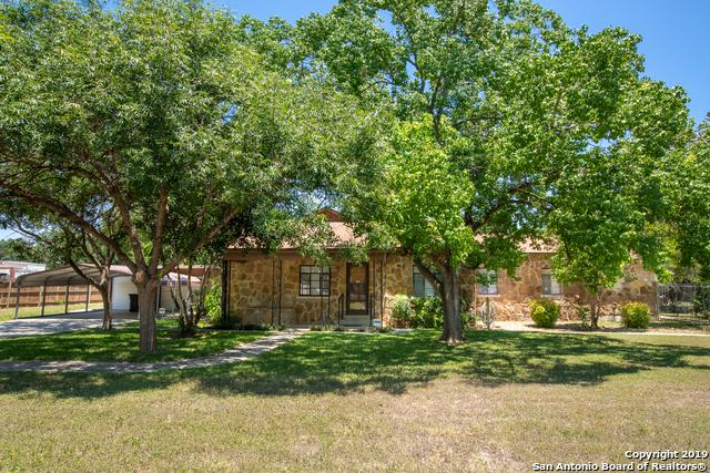 2510 S Ww White Rd, San Antonio, TX 78222 (MLS #1401328) :: Alexis Weigand Real Estate Group