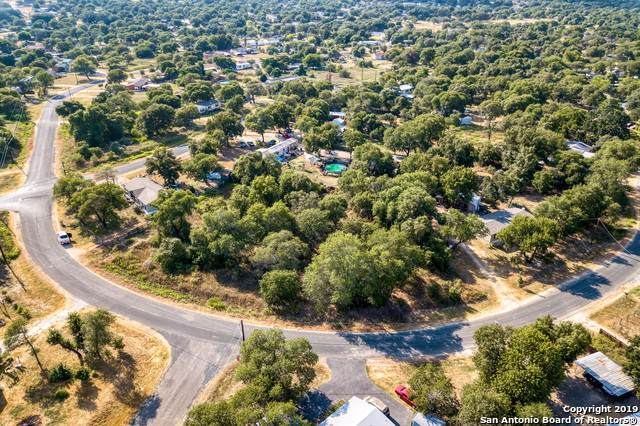 22910 Black Cherry, Elmendorf, TX 78112 (MLS #1404367) :: BHGRE HomeCity