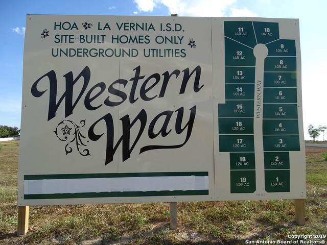 121 Western Way, Adkins, TX 78101 (MLS #1406521) :: BHGRE HomeCity