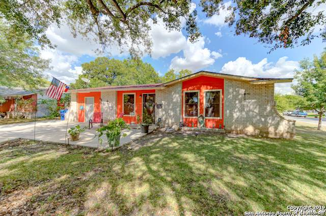 2402 Crest Ln, Kirby, TX 78219 (MLS #1407179) :: BHGRE HomeCity