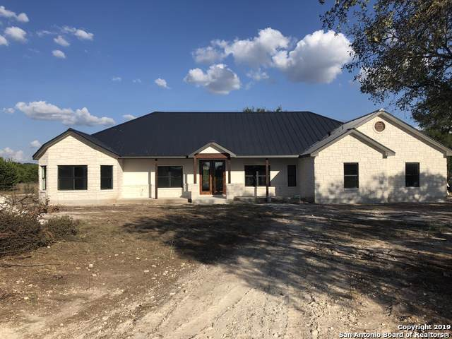 1295 Cielo Rio Dr, Pipe Creek, TX 78063 (MLS #1407746) :: The Castillo Group