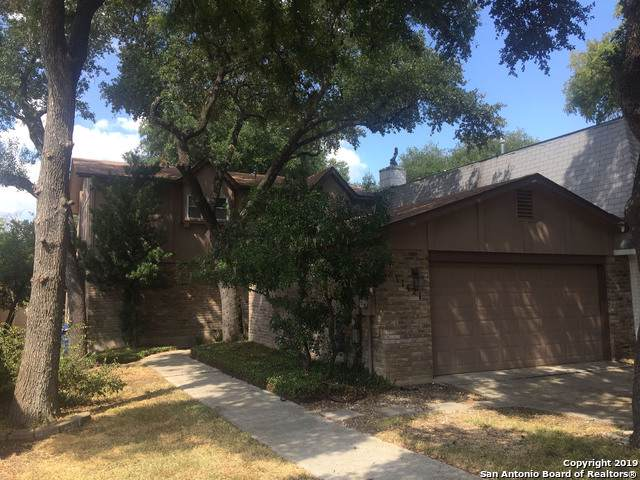 11421 Whisper Valley St, San Antonio, TX 78230 (MLS #1407814) :: Laura Yznaga | Hometeam of America