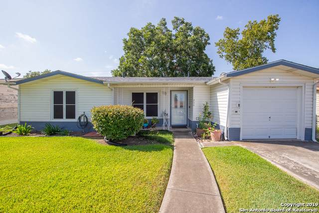 206 Pollydale Ave, San Antonio, TX 78223 (MLS #1408052) :: BHGRE HomeCity