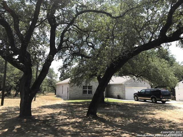 366 Trophy Ln, Poteet, TX 78065 (MLS #1408174) :: The Mullen Group | RE/MAX Access