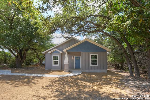 535 Paradise Dr, Canyon Lake, TX 78133 (MLS #1408590) :: Neal & Neal Team
