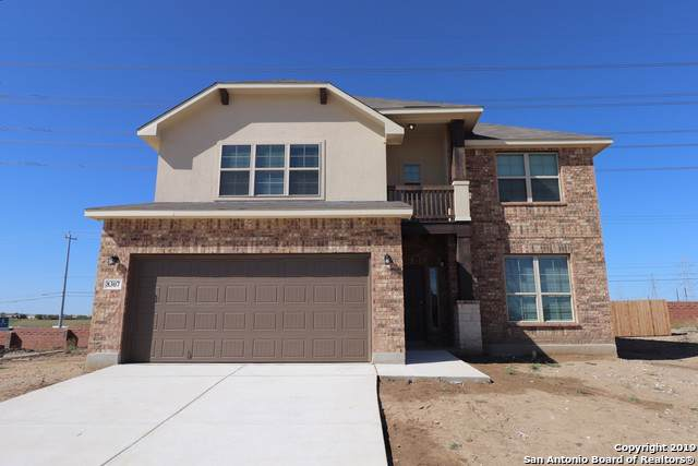 8307 Noble Crest, Converse, TX 78109 (#1409844) :: The Perry Henderson Group at Berkshire Hathaway Texas Realty