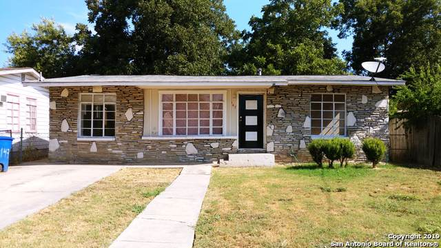 147 Mascasa St, San Antonio, TX 78237 (#1409924) :: The Perry Henderson Group at Berkshire Hathaway Texas Realty