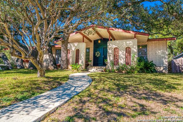 3611 William Penn Dr, San Antonio, TX 78230 (MLS #1410253) :: Berkshire Hathaway HomeServices Don Johnson, REALTORS®