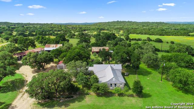 2222 (188 AC) Horton Preiss Rd, Blanco, TX 78606 (#1413036) :: The Perry Henderson Group at Berkshire Hathaway Texas Realty