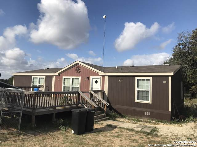 1128 County Road 6723, Natalia, TX 78059 (MLS #1413203) :: Vivid Realty