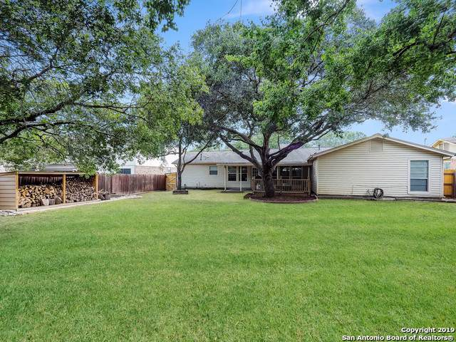118 Willow Wisp Rd, Universal City, TX 78148 (MLS #1413483) :: Alexis Weigand Real Estate Group
