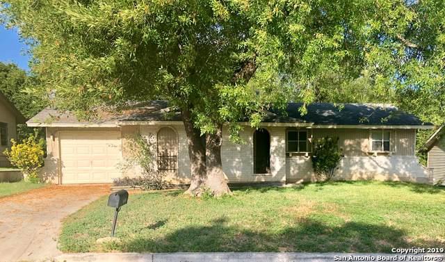 12218 Lone Shadow Trail, Live Oak, TX 78233 (MLS #1414718) :: Laura Yznaga   Hometeam of America