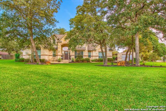 133 Legacy Trace, La Vernia, TX 78121 (MLS #1415000) :: Glover Homes & Land Group