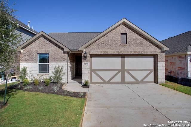 1252 Loma Ranch, New Braunfels, TX 78132 (MLS #1415356) :: The Gradiz Group