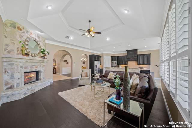 1435 Melanie Circle, San Antonio, TX 78258 (#1415623) :: The Perry Henderson Group at Berkshire Hathaway Texas Realty