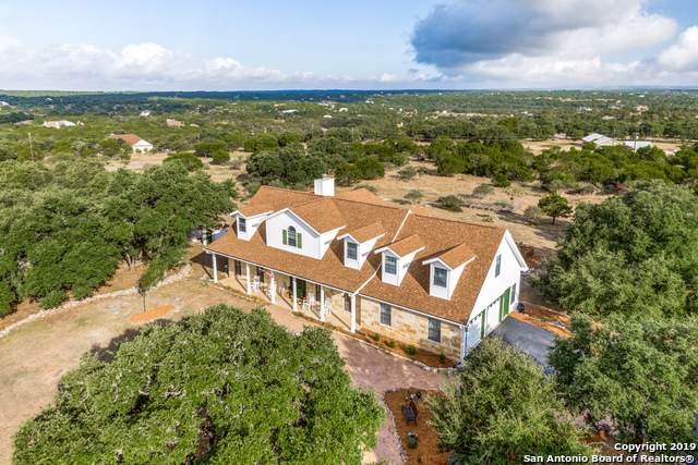 103 Hoskins Trail, Boerne, TX 78006 (#1415658) :: The Perry Henderson Group at Berkshire Hathaway Texas Realty