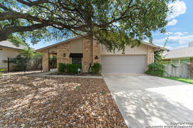 150 Bolerio Dr, Universal City, TX 78148 (#1416560) :: The Perry Henderson Group at Berkshire Hathaway Texas Realty