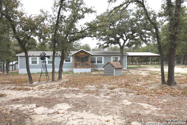 58 Post Oak Rd, La Vernia, TX 78121 (MLS #1417256) :: BHGRE HomeCity
