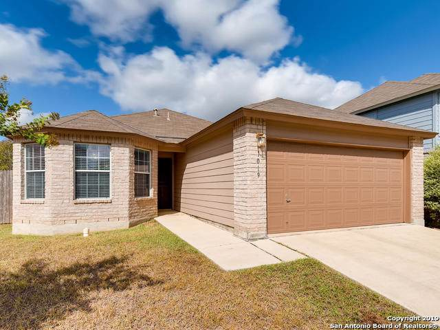 1019 Canadian Goose, San Antonio, TX 78245 (MLS #1417663) :: Glover Homes & Land Group