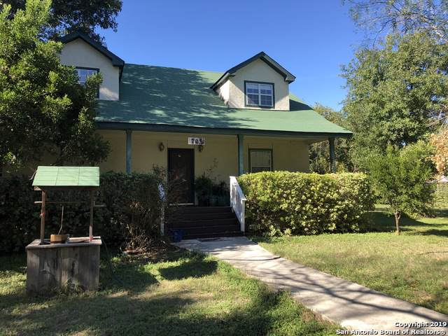 705 Petersburg St, Castroville, TX 78009 (MLS #1418430) :: The Mullen Group   RE/MAX Access