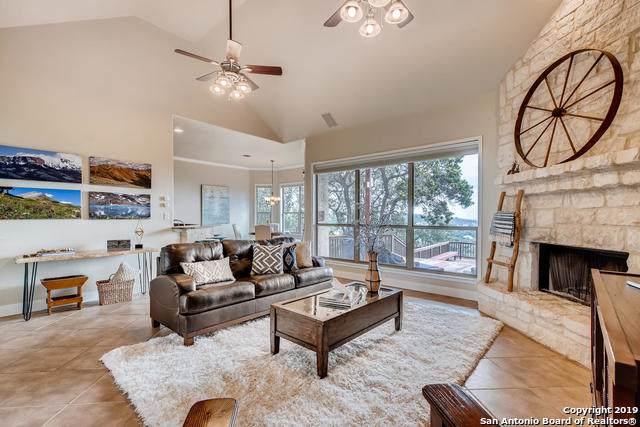 31821 Tres Lomas, Bulverde, TX 78163 (MLS #1418619) :: Keller Williams City View