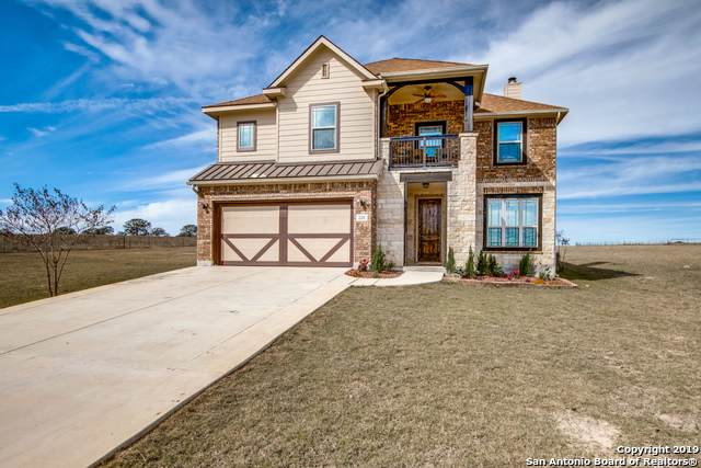 220 Scenic Hills Dr, La Vernia, TX 78121 (#1418691) :: The Perry Henderson Group at Berkshire Hathaway Texas Realty