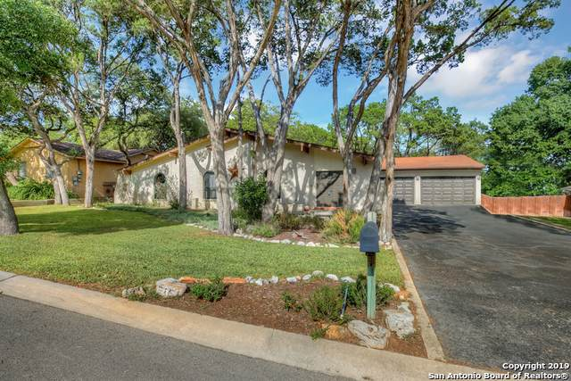 818 Twin Oaks Dr, New Braunfels, TX 78130 (MLS #1418999) :: Alexis Weigand Real Estate Group