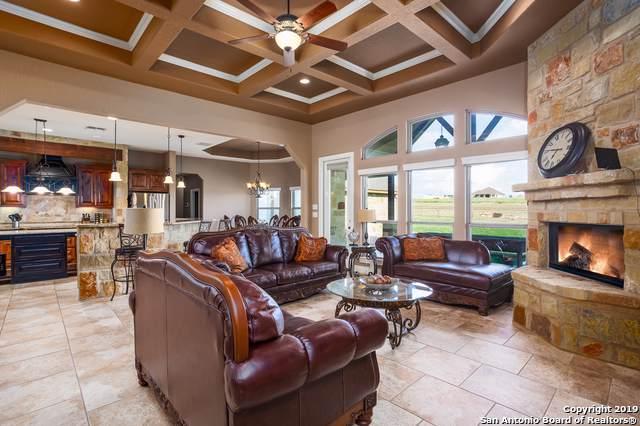 167 Triple R Dr, La Vernia, TX 78121 (MLS #1419195) :: BHGRE HomeCity