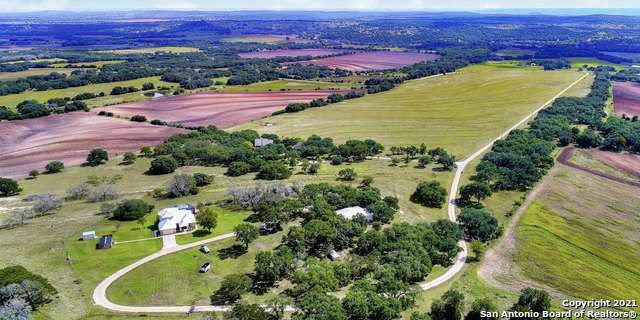 765-820 Brewer Rd, Fredericksburg, TX 78624 (MLS #1419242) :: Alexis Weigand Real Estate Group